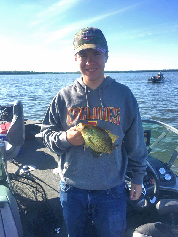 Crappie fishering on Lake Winnibigoshish